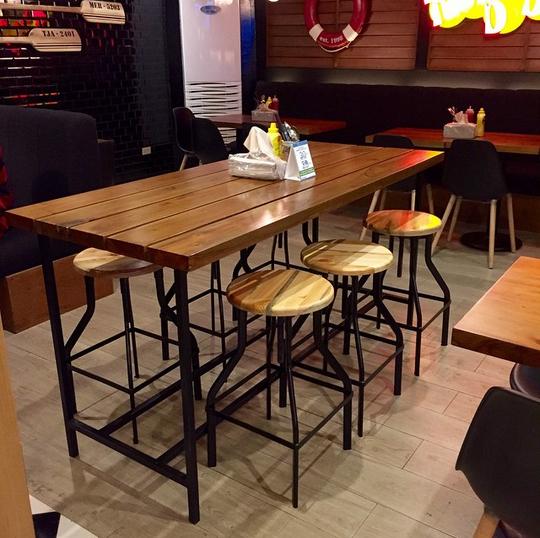 Teddy's Burgers, Shangri-La Mall (image courtesy of @matchcontract on IG)
