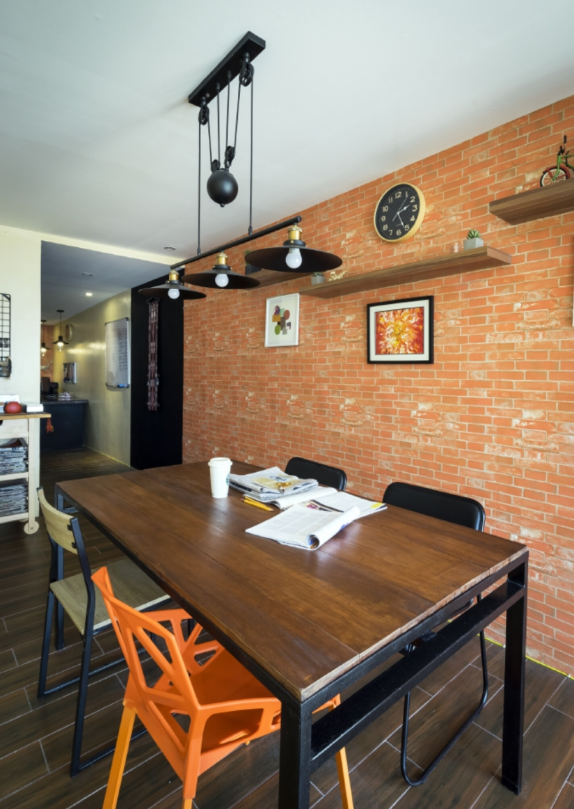 home office, industrial, brick wall, vintage, drop lamp