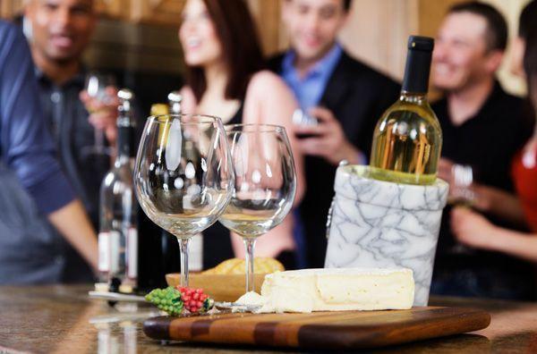 dinnerpartyguide-winecheeseguests