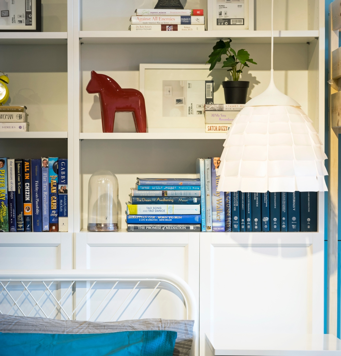 how to style your shelves bedroom